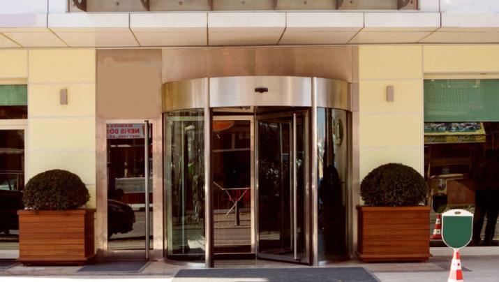 דלתות מסתובבות אוטומטיות סטנדרטיות