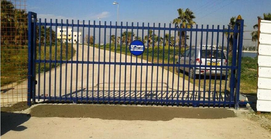 שער הזזה חשמלי - שערים אב שער