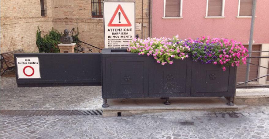 מחסום עירוני חד צדדי - PILOMAT CITY GATE ONE SLIDE