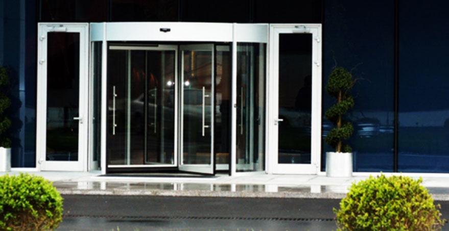 דלת מסתובבת אוטמטית סטנדרטית